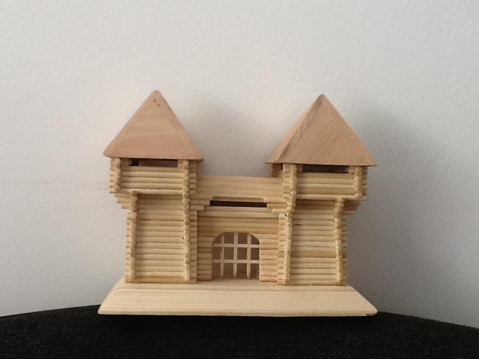 Деревянные поделки домики 34